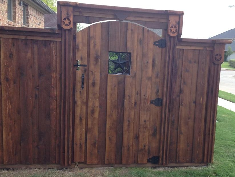 Custom Fence And Gate Builder