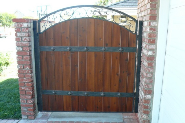 Metal Framed Wood Gate in Wylie, TX